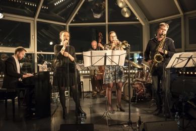 Štěpánka Balcarová Sextet & Małgorzata Hutek - Jazzová jam session v Art & Event Gallery Černá Labuť